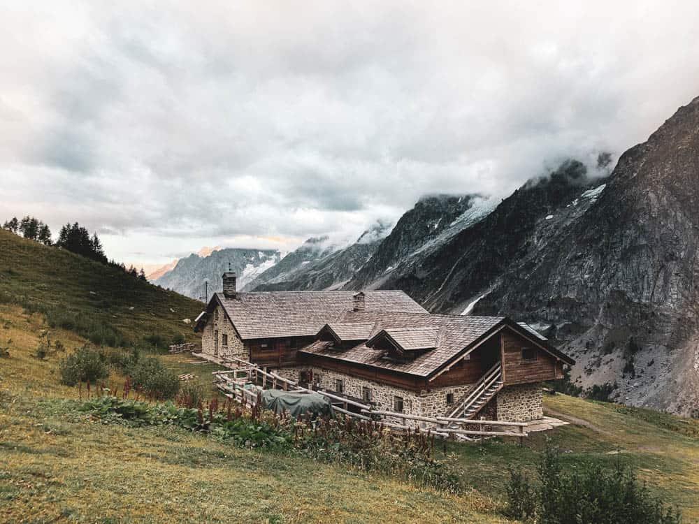 Refugio Bonatti
