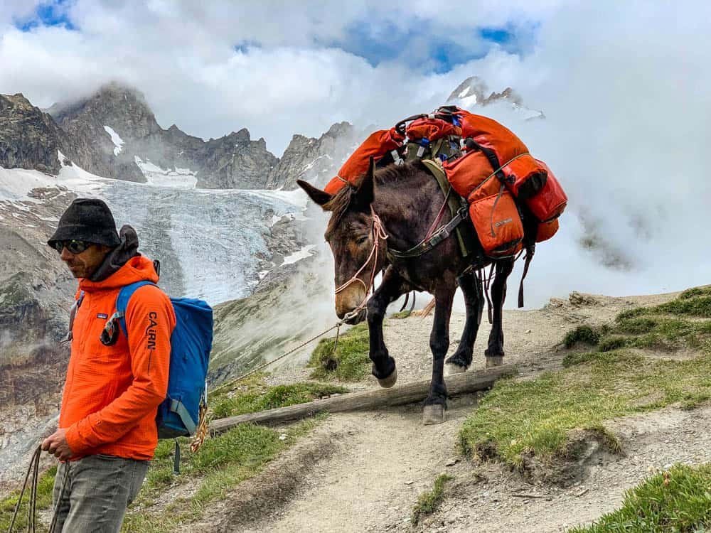 tour du mont blanc luggage